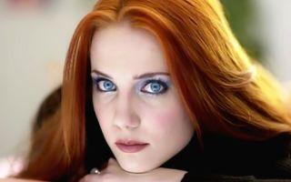 Выбор макияжа для рыжих волос и голубых глаз