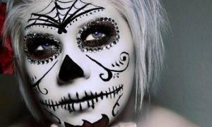 Макияж скелета на Хэллоуин: сахарный череп