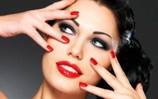Техника праздничного макияжа для голубых глаз