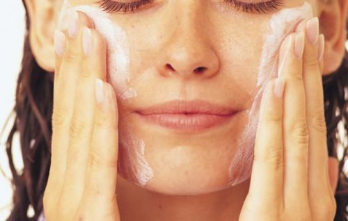 мыло на лице