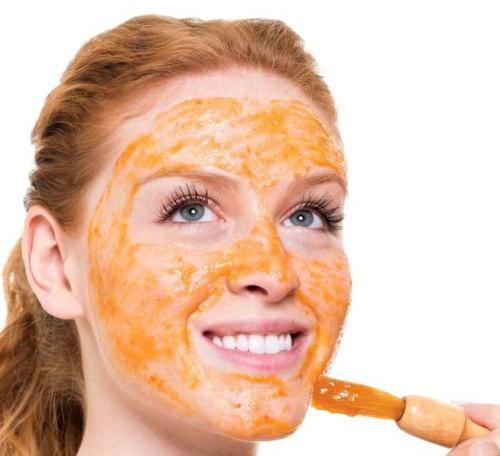 маска из моркови и яичного желтка