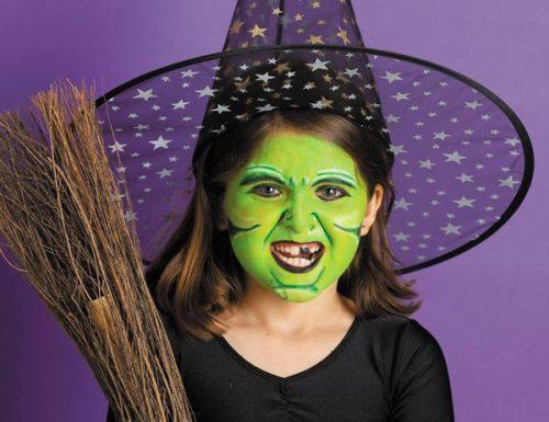 зелёный макияж лица на Helloween