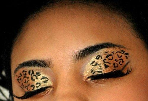 использование туши в макияже леопарда