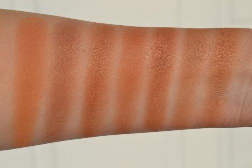 различные цвета бронзантов на руке