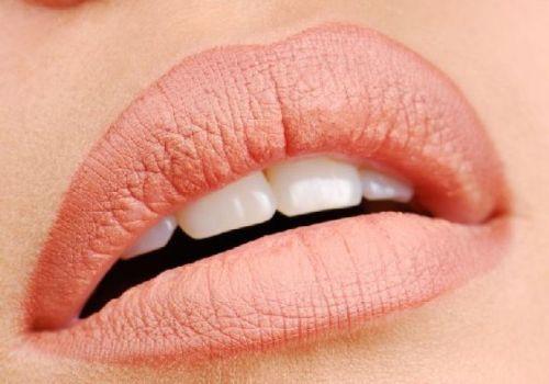 последующий уход за татуажем губ