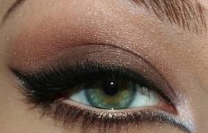 чёрные и тёмно-коричневые тени после растушевки
