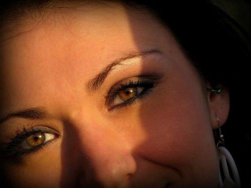 мейкап глаз на круглом лице