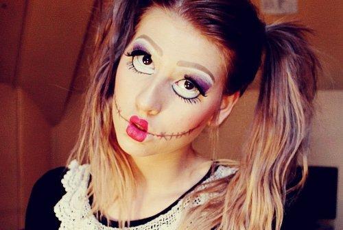 губы бантиком в кукольном макияже к хэллоуину