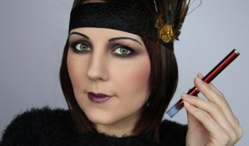 макияж на глубоко расположенных глазах в стиле чикаго