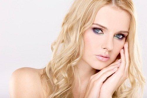смоки для голубых глаз блондинки
