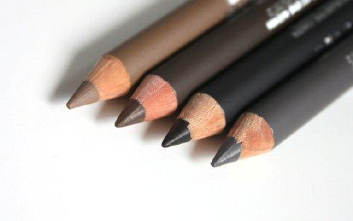 подбор цветовой гаммы очень важен в макияже