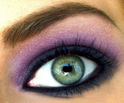 фиолетовый цвет теней