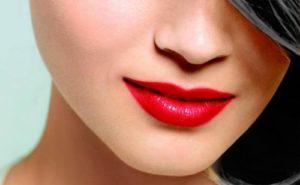насыщенный красный цвет губной помады