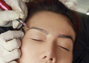 коррекция перманентным макияжем