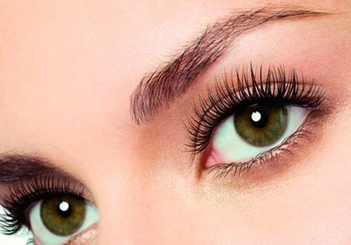 темно-зеленые глаза