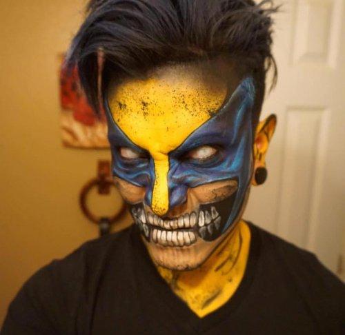супергерой для хеллоуина