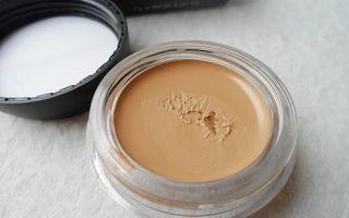 Правильный выбор тонального крема для проблемной кожи